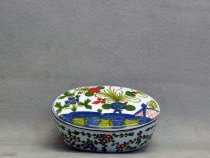 Oval Jewel Case, artistic ceramics of Faenza