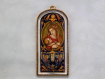 """side view of the holy water stoup """"Madonna with Child"""", italian ceramics handpainted at raphaelesque"""