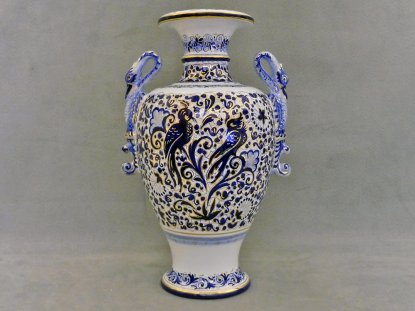 vase with swan-shaped handles and decorated swallows, La vecchia faenza ceramics